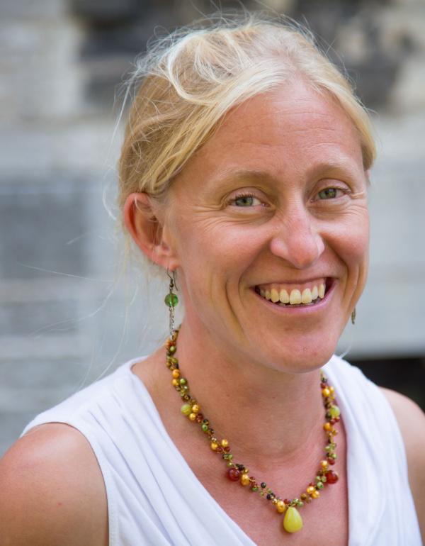 Dr.  Eva Purkey