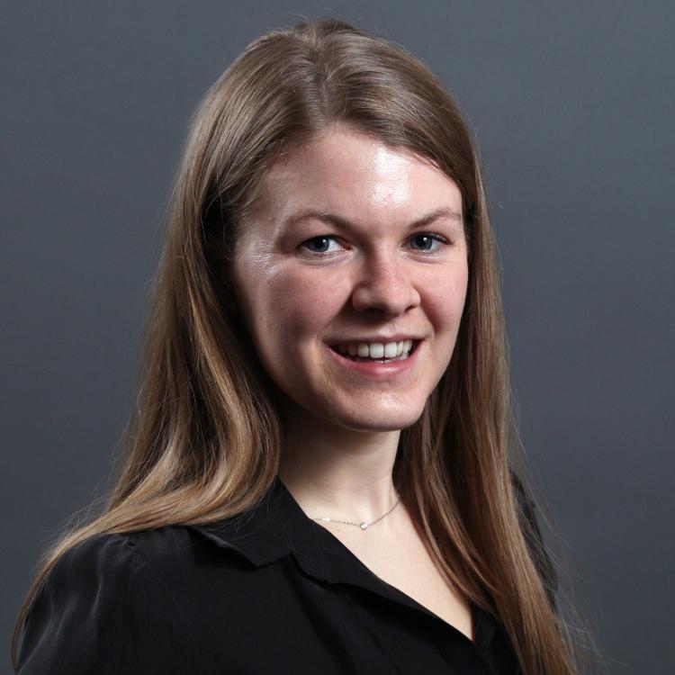 Dr.   Meg Gemmill