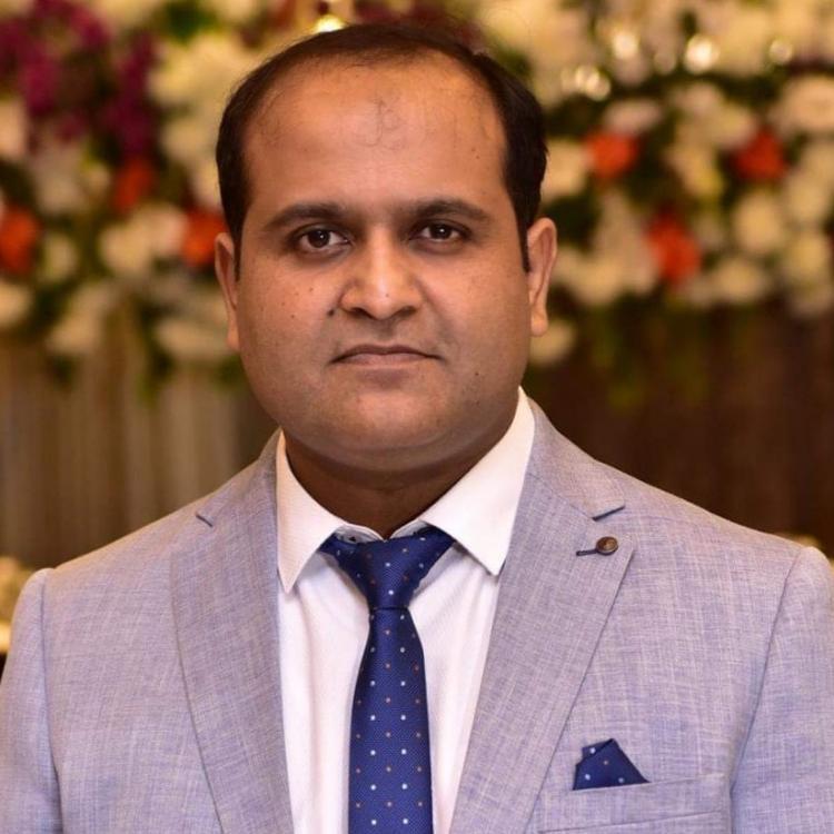 Dr.  Ammar Rashid