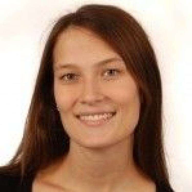 Dr.  Amelie Waldin